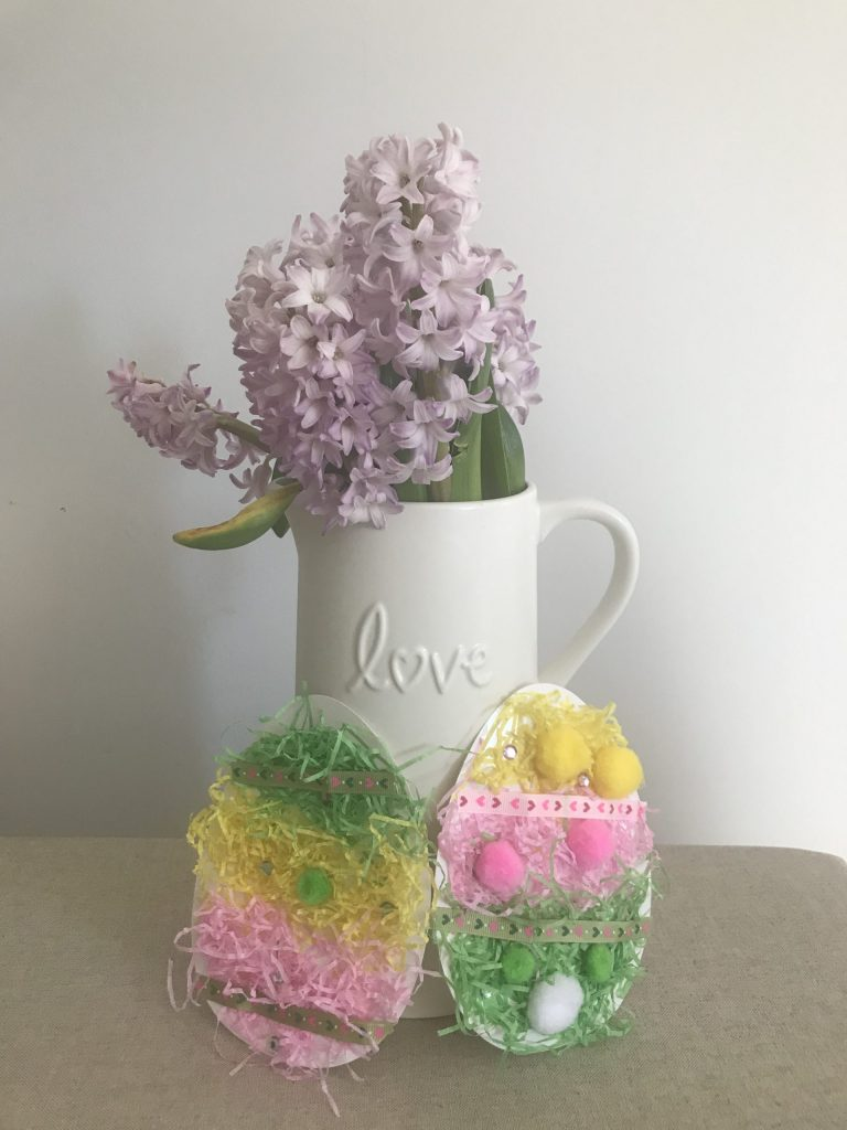 Easter flowers and crafts