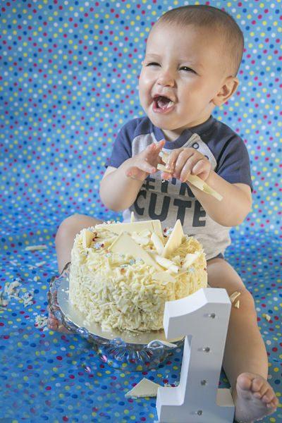 oldham photographer cake smash
