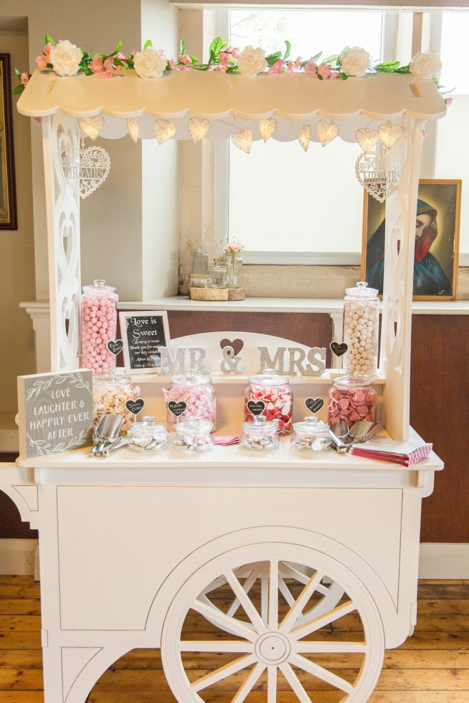 Oldham wedding photographer - sweets cart