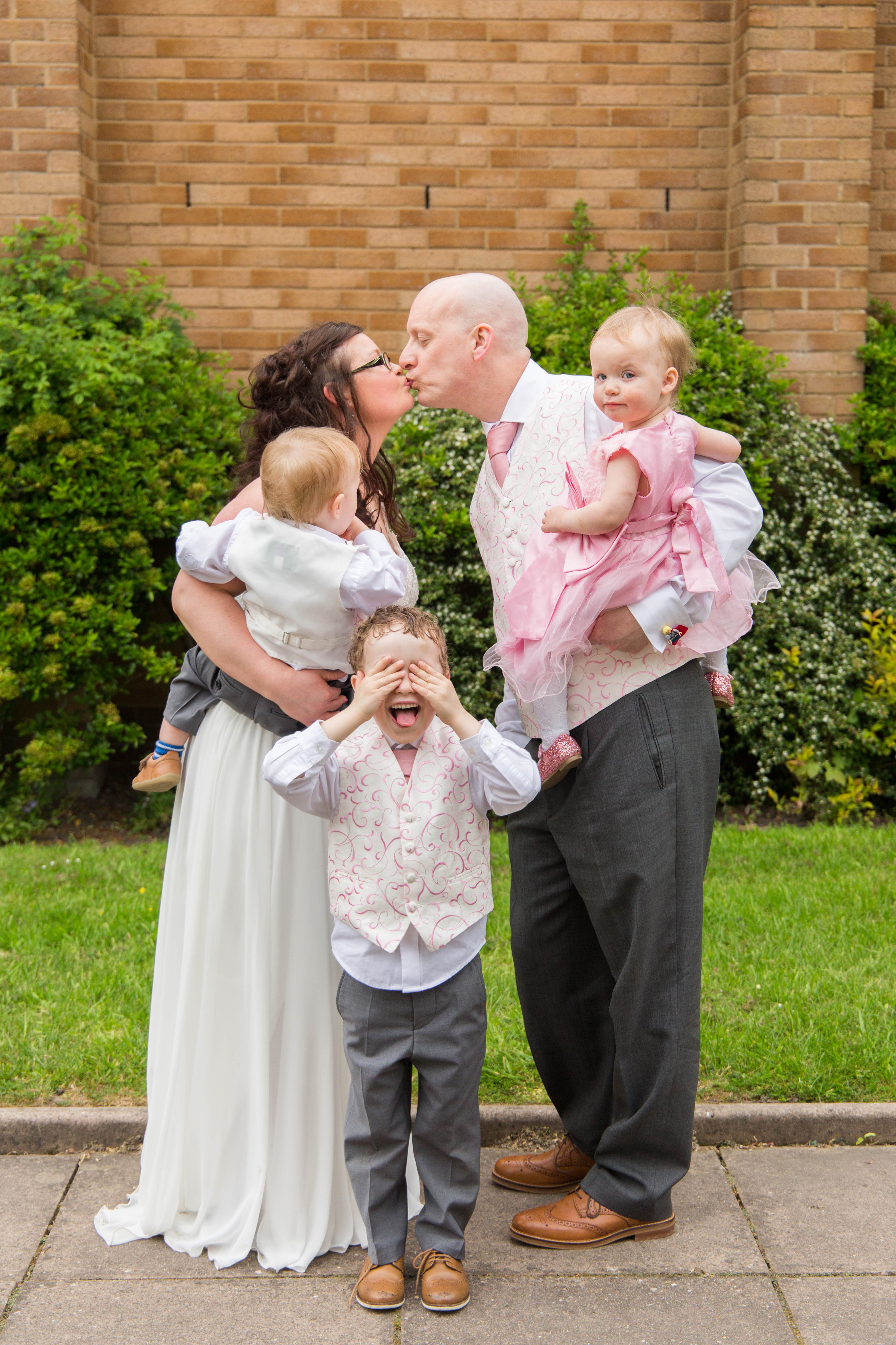 Oldham wedding photographer - family photo