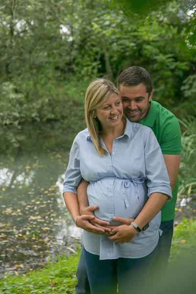 Baby bump and pregnancy photos near me - Oldham photographer